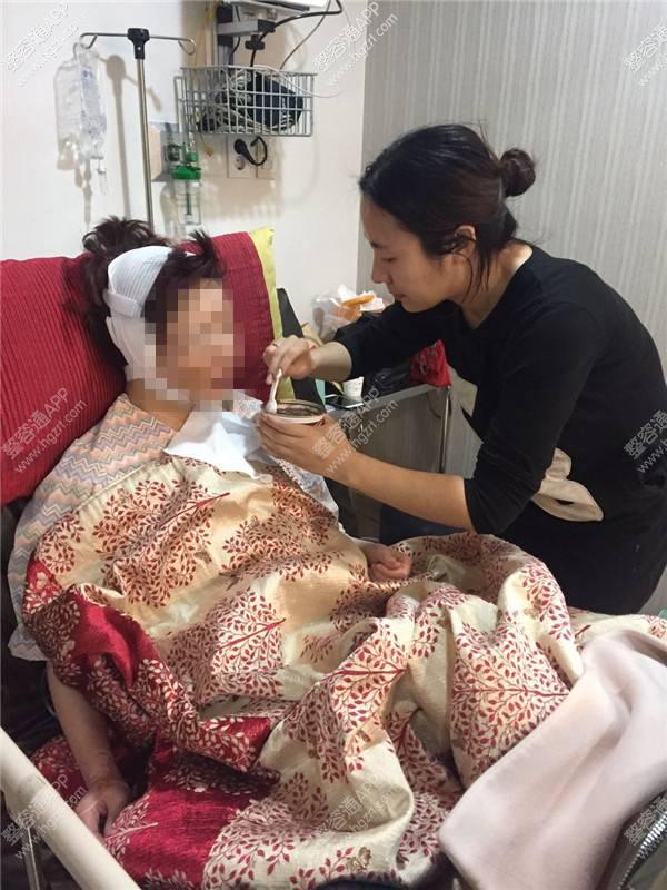 韩国新帝瑞娜整形外科假体隆鼻会留下疤痕吗_整形医院广告_韩国新帝瑞娜整形外科