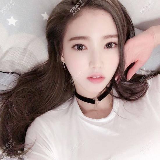 韩国美女车模脸蛋儿甜美,是照着唐嫣整的吗_整容新闻_时尚八卦_整容通app
