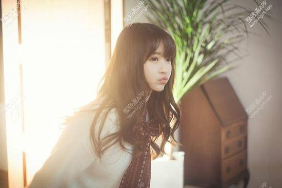 还记得上次的韩国第一美少女Yurisa